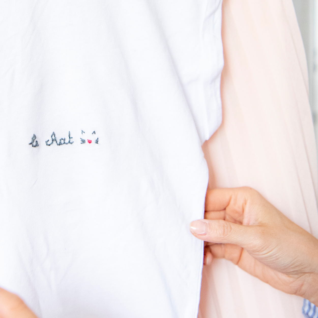 02/05 - Borduren op T-shirt (by NUÏ )