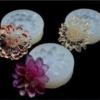 juwelen uit hars met bloemen